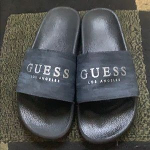 Man slippers . Size is untagged but its sz 11